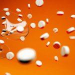 Skutki nadużywania antybiotyków- leków dających oraz odbierających zdrowie.